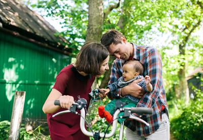 family-outside-mobile